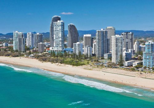 SCHOOLIES ACCOMMODATION & ATTRACTIONS 2015