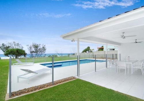 Sentosa on Tugun 5 Bedroom Beachfront Home