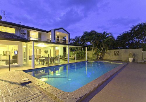 4 Bedroom Gold Coast Holiday Homes