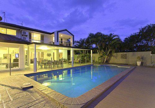 4 Bedroom Gold Coast Holiday Homes